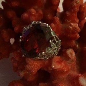 Vintage 925 Mozambique garnet ring
